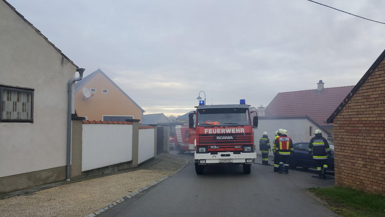 Zimmerbrand (B2) - Hohenruppersdorf (Vorstadt) - 9.12.2019